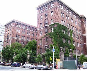 bellevue_psychiatric_hospital_old_building